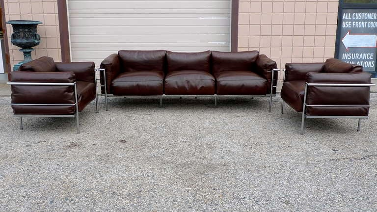 After a model by Le Corbusier, Sofa Pair of Lounge Chairs, circa 1980 2