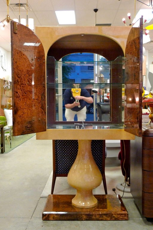 Mid-Century Modern Aldo Tura Mirrored Cabinet Bar on Pedestal Stand