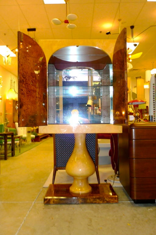 Aldo Tura Mirrored Cabinet Bar on Pedestal Stand In Excellent Condition In Hingham, MA