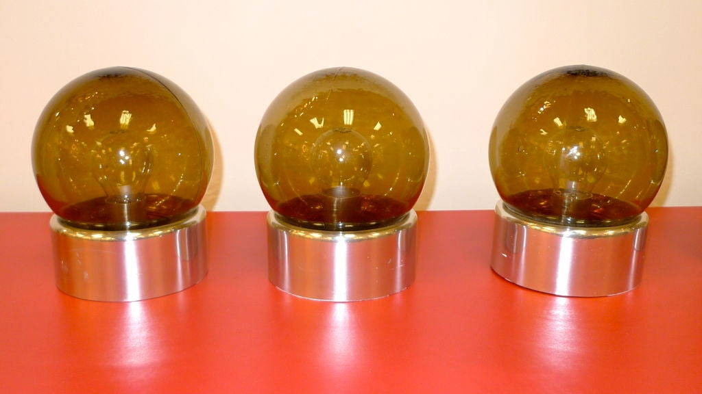 Late 20th Century Set of 5 Lightolier Smoked Glass Ball Lights For Sale