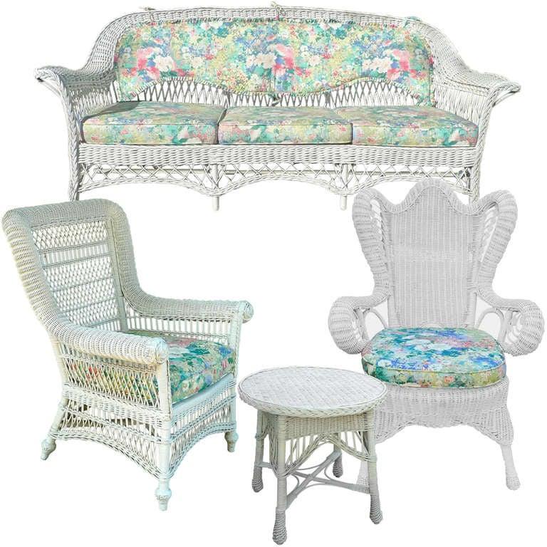 Pricing Antique Wicker Furniture
