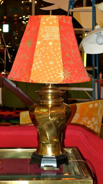 Pair of Vintage Brass Twisted Vase Form Lamps For Sale 1