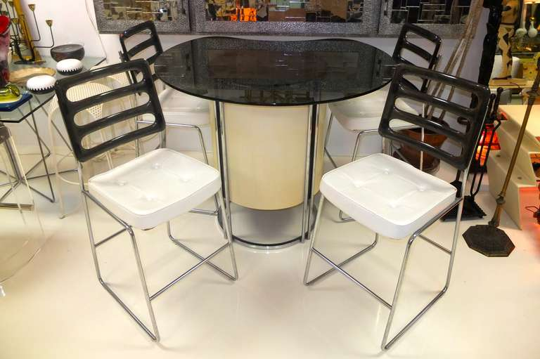Vintage Standing Bar And Four Stools For Sale At 1stdibs