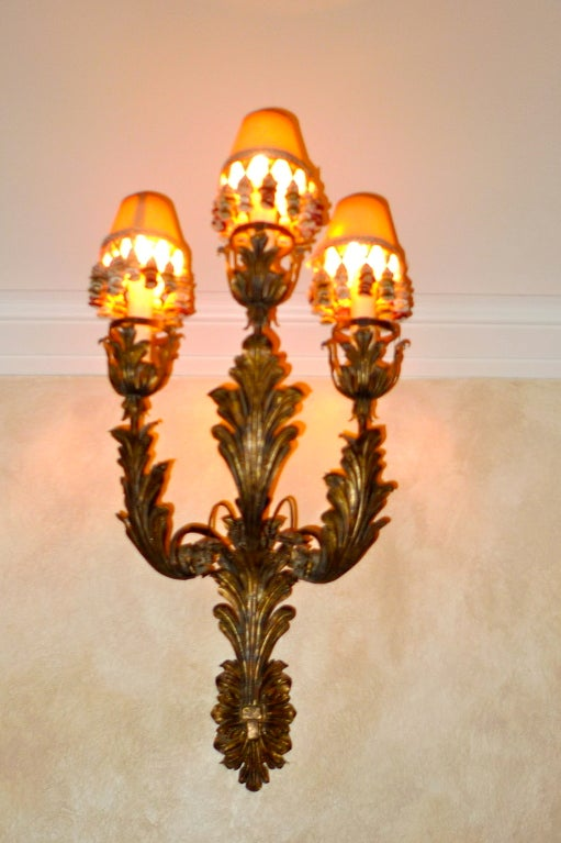Palazzo Scale Italian Tole Sconces With Acanthus Leaves For Sale 1