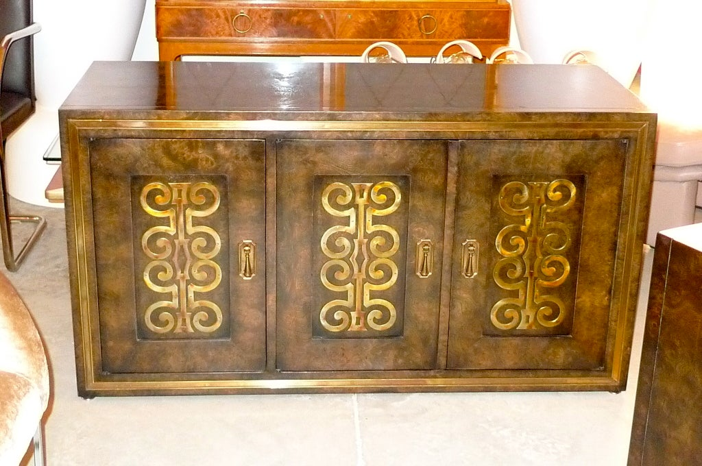 American Mastercraft Credenza in Brass Decorated Carpathian Elm For Sale