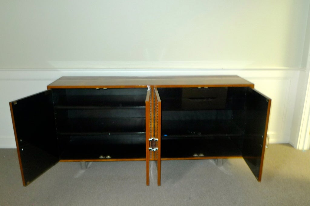Colombian Exotic Burl Wood Sideboard with Chrome Legs & Lucite Handles For Sale