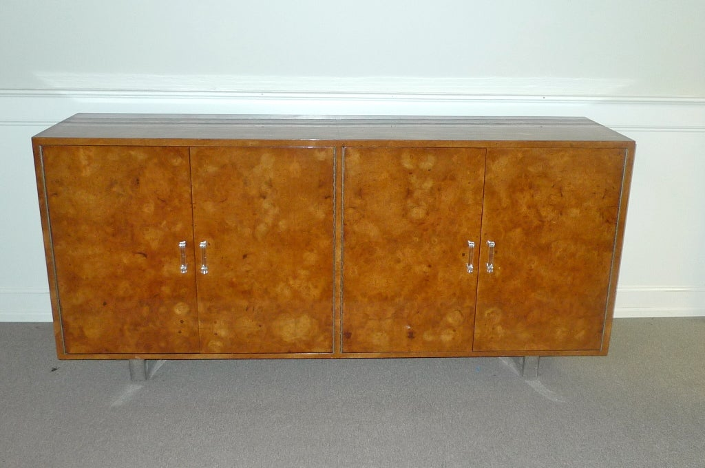 Exotic Burl Wood Sideboard with Chrome Legs & Lucite Handles For Sale 3