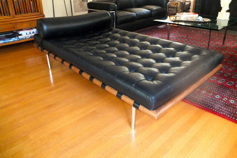 barcelona day bed ludwig mies van der rohe for knoll at 1stdibs. Black Bedroom Furniture Sets. Home Design Ideas