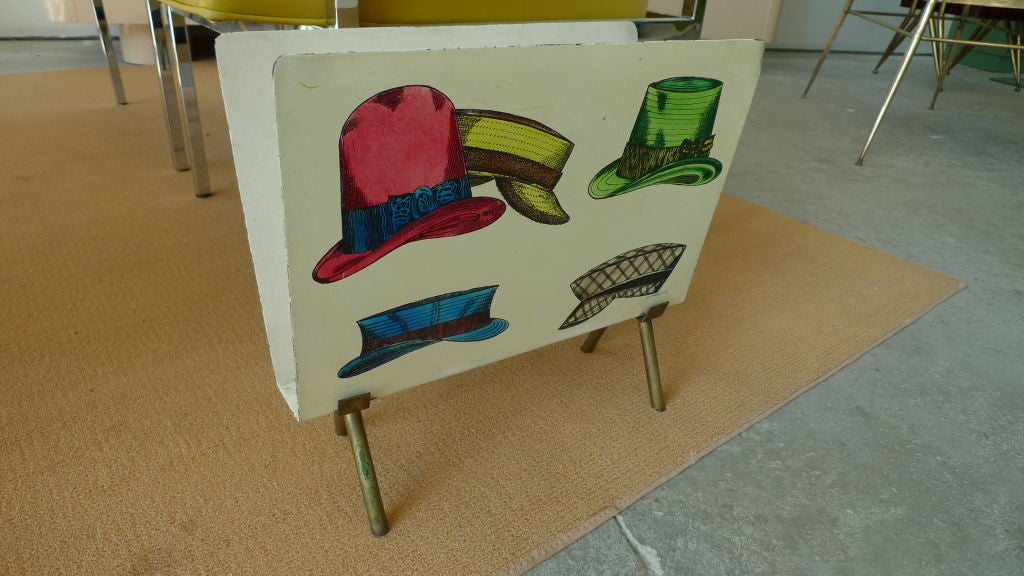 1950s Italian Magazine Holder with Colorful Hats For Sale 13