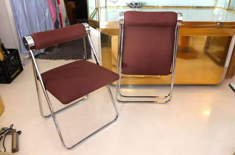 Italian Pair of 1970s Folding Chrome Chairs Attributed to Giancarlo Piretti For Sale