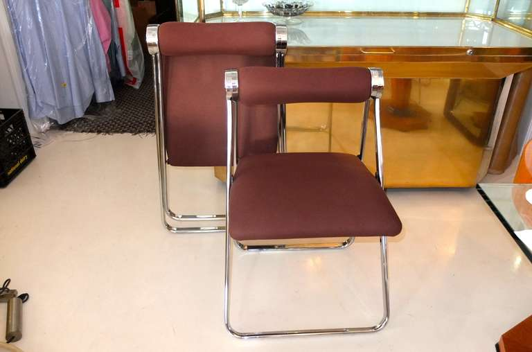 Late 20th Century Pair of 1970s Folding Chrome Chairs Attributed to Giancarlo Piretti For Sale