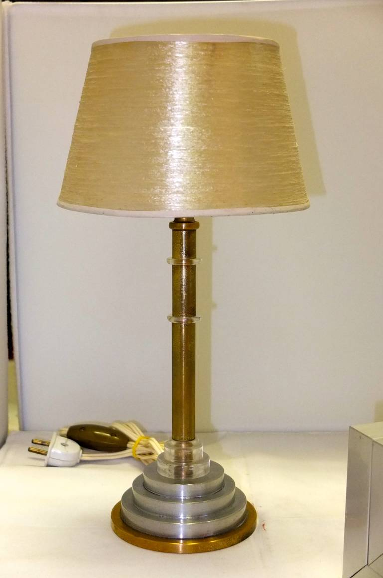 french art deco table lamp by hubens for sale at 1stdibs. Black Bedroom Furniture Sets. Home Design Ideas