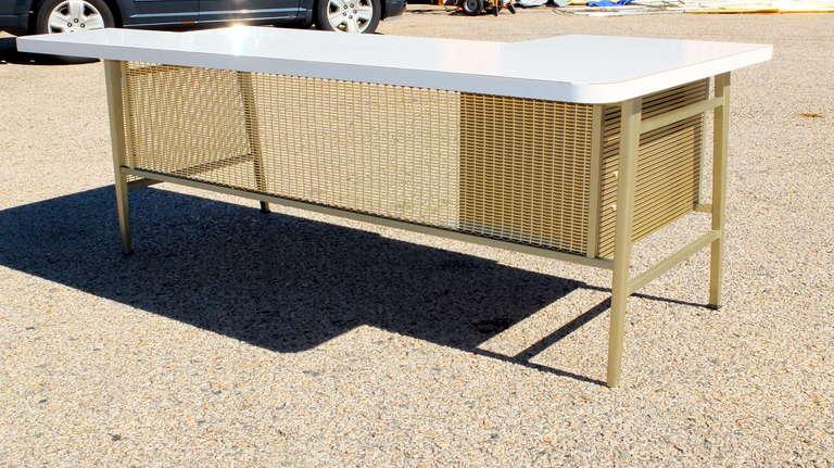 """Italic Styling"" Executive Desk from Gordon Bunshaft Building 6"