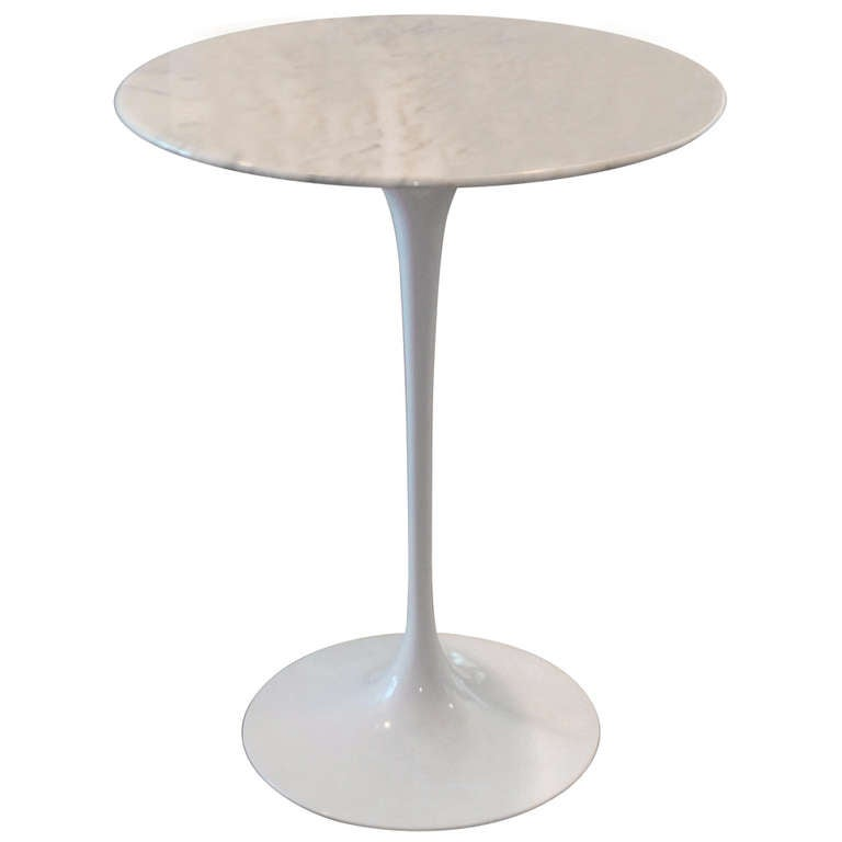 Saarinen Tulip Side Table WIth Marble Top By Knoll 1