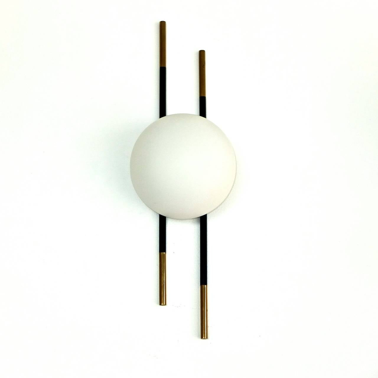 Wall Mounted Ceiling Lights : Lunel Linear Wall or Ceiling Mounted Light at 1stdibs