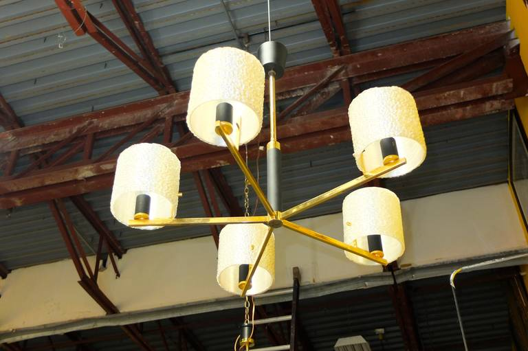 Mid-Century Modern Maison Arlus Five-Arm Brass Chandelier with Spun Resin Shades For Sale