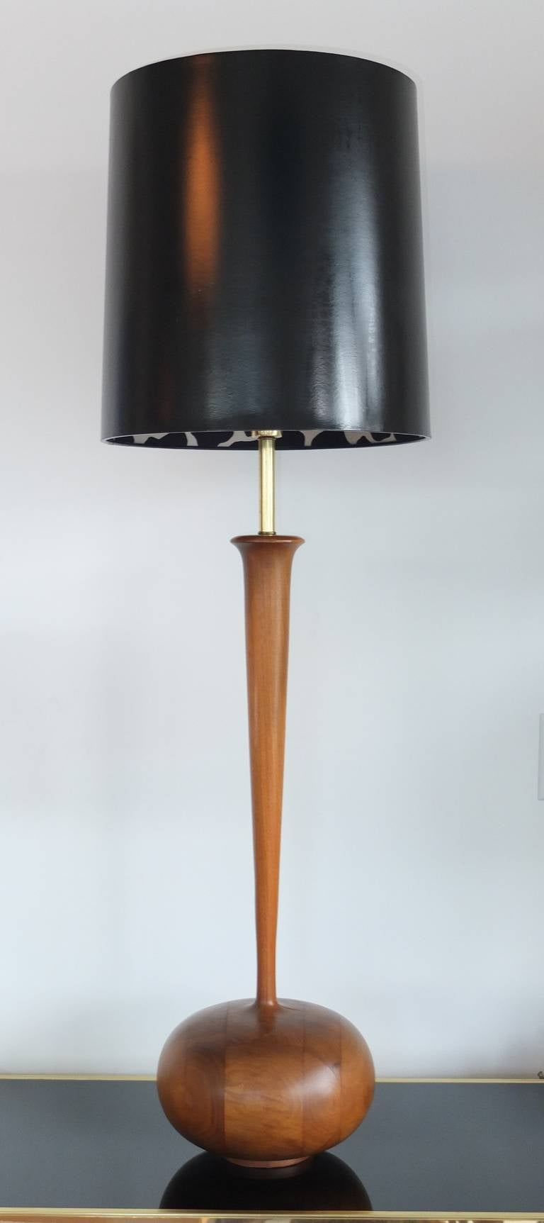 Studio Craft Organic Modern Walnut Lamp In Excellent Condition For Sale In Hingham, MA
