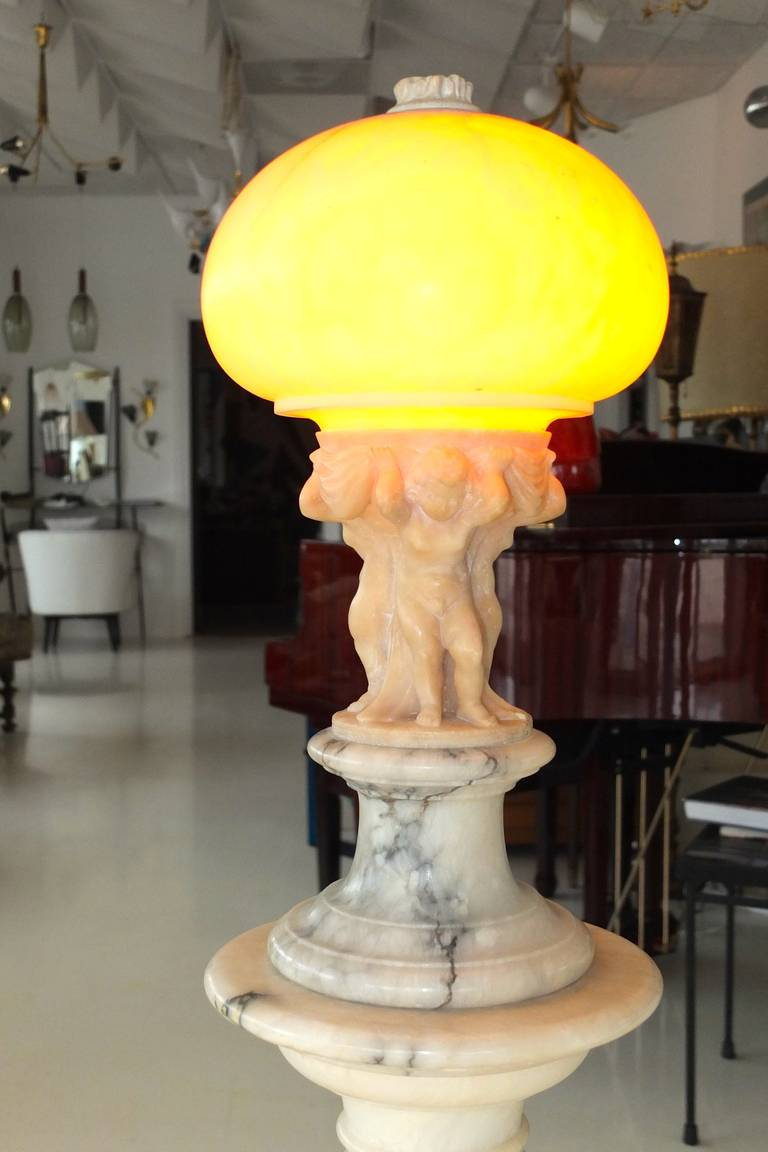 Early 20th Century Italian Figural Carved Alabaster Lamp on Column For Sale 2