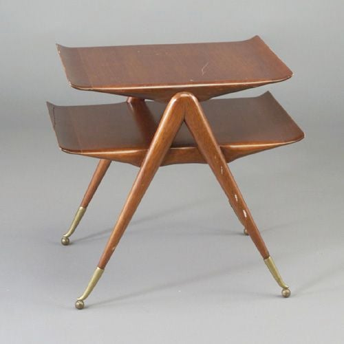 Italian 2 Tier Cocktail Table attributed to Ico & Luisa Parisi For Sale 5