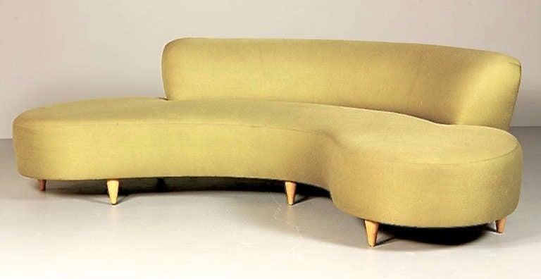 Mid Century Serpentine Sofa In Style Of Vladimir Kagan 2