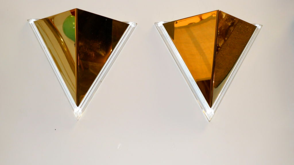 Pair of Lucite & Brass Pyramidal Wall Sconces For Sale 3