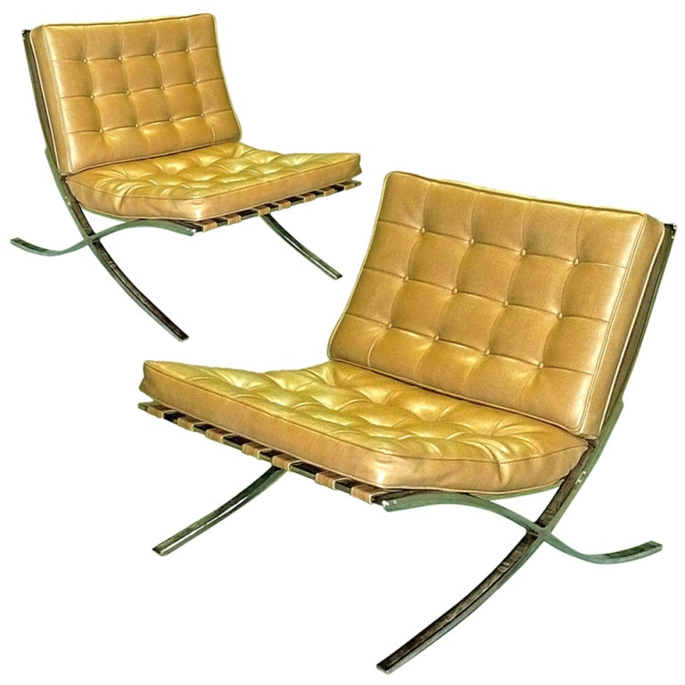 Pair Of Vintage 1970s Barcelona Chairs At 1stdibs