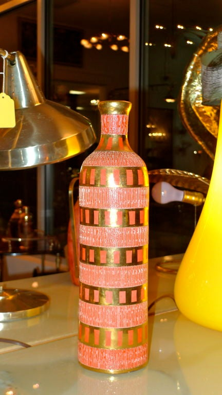 Mid-20th Century Italian Ceramic Bottle For Sale