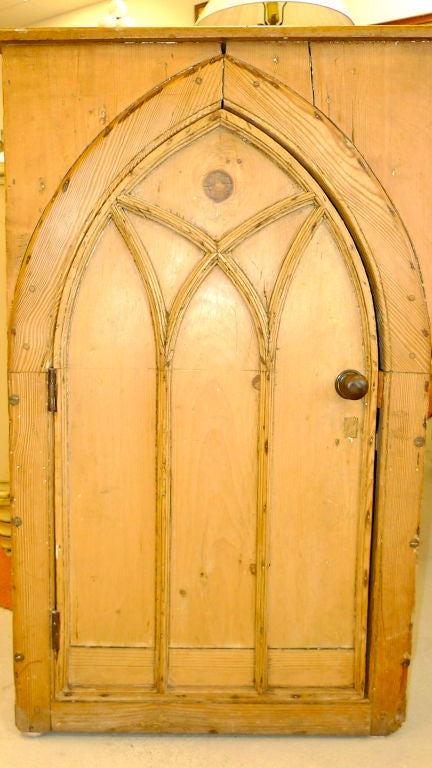British Gothic Cabinet in Knotted Pine For Sale