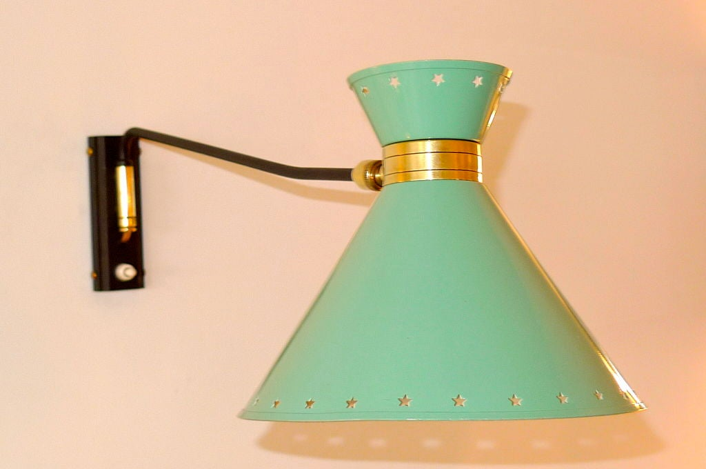 French Articulating Wall Sconce by Rene Mathieu for Lunel For Sale 1