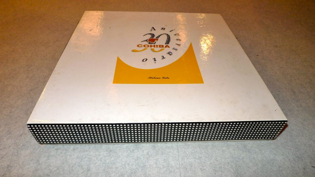 Porcelain Cohiba Special Edition 30th Anniversary Cigar Ashtray For Sale