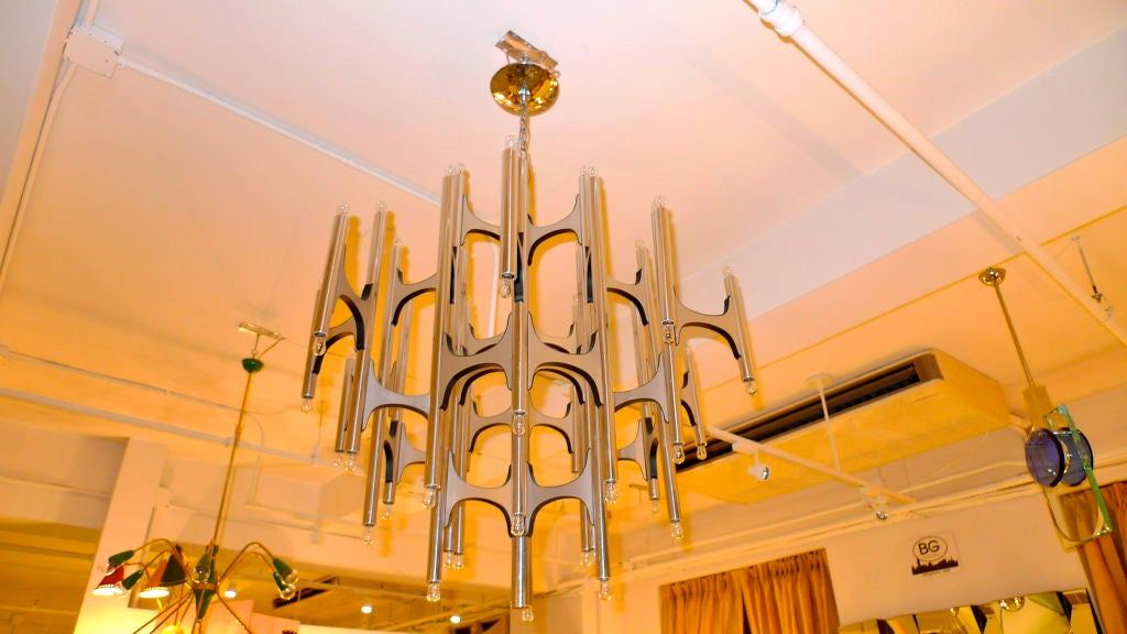 Large Brutalist Snowflake Chandelier by gaetano Sciolari In Excellent Condition In Hingham, MA