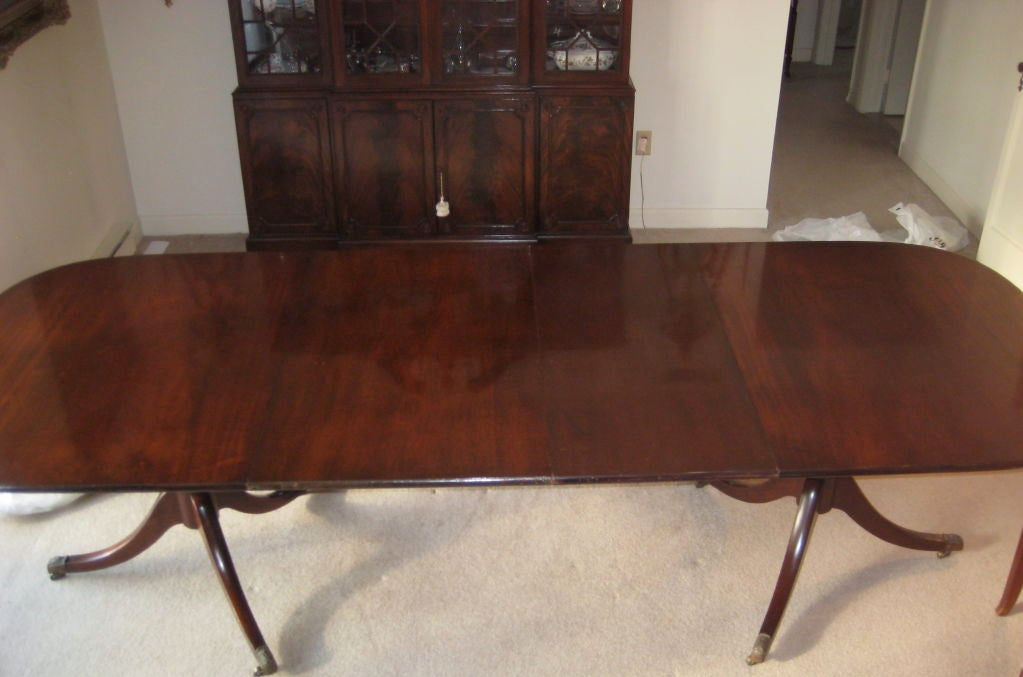 this federal mahogany double pedestal dining table by old colony is no