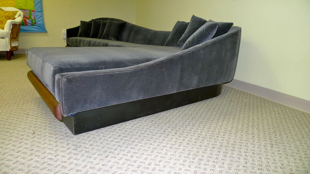 curvaceous l shaped platform sofa for sale at 1stdibs. Black Bedroom Furniture Sets. Home Design Ideas