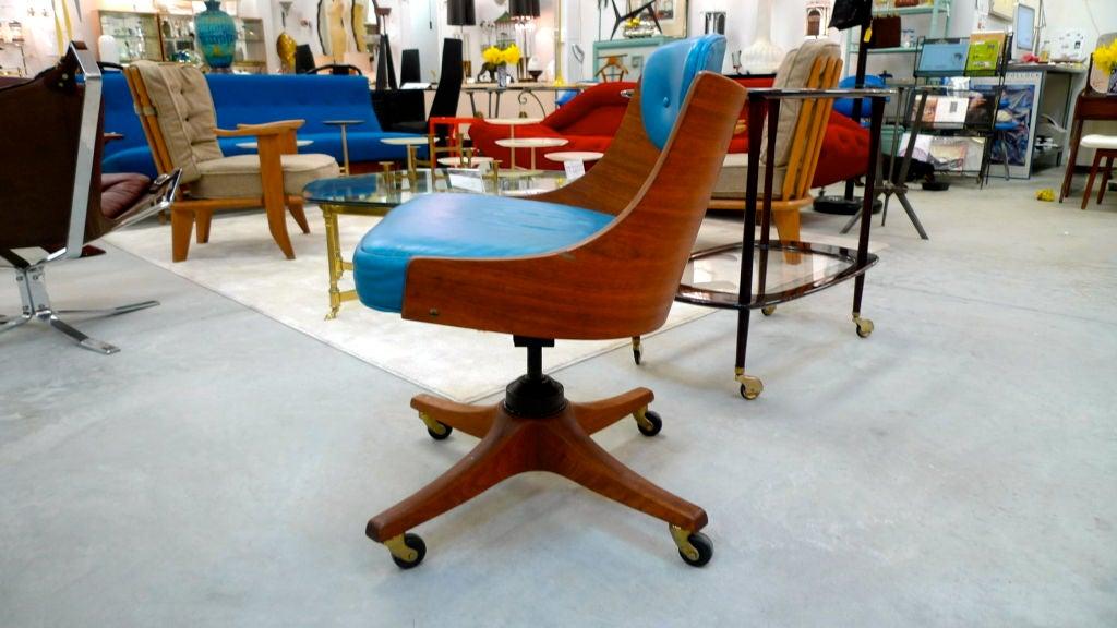 American Edward Wormley for Dunbar Swiveling Desk Chair