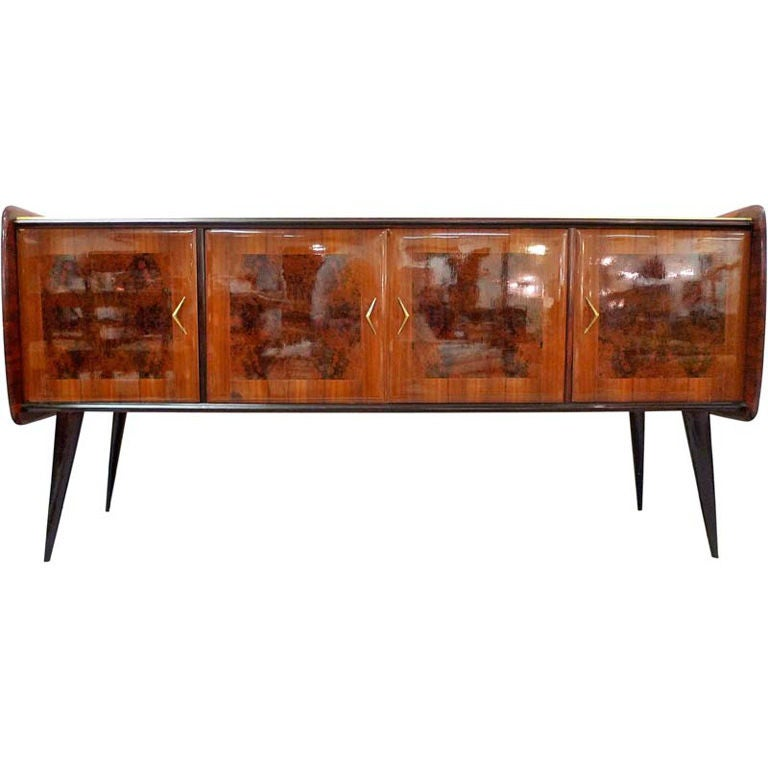 1950 39 s italian long sideboard buffet at 1stdibs. Black Bedroom Furniture Sets. Home Design Ideas