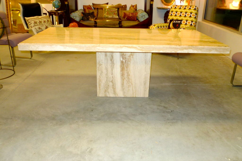 Travertine Marble Pedestal Dining Table at 1stdibs : 886613159983132 from www.1stdibs.com size 1024 x 680 jpeg 96kB