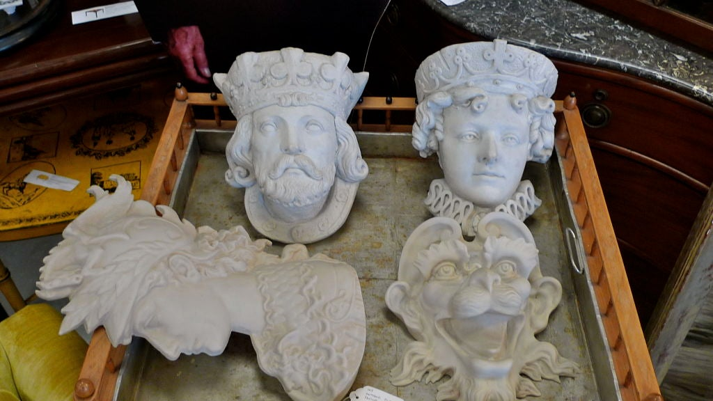 Medieval King & Queen Decorative Wall Planters 3