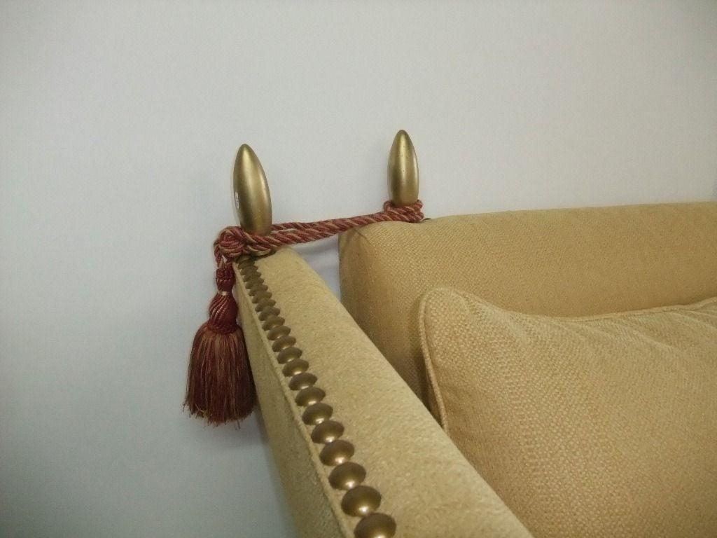 Elegant and Comfortable Sofa yellow fabric In Good Condition In Miami, FL