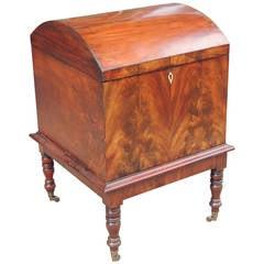Late 18th Century English Dome Top Cellarette