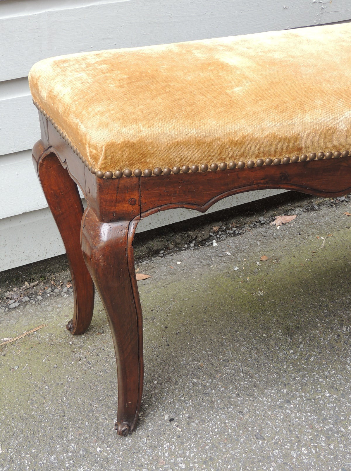 Pair of 18th and 19th C Italian Curved Walnut Velvet Benches In Excellent Condition For Sale In Charleston, SC