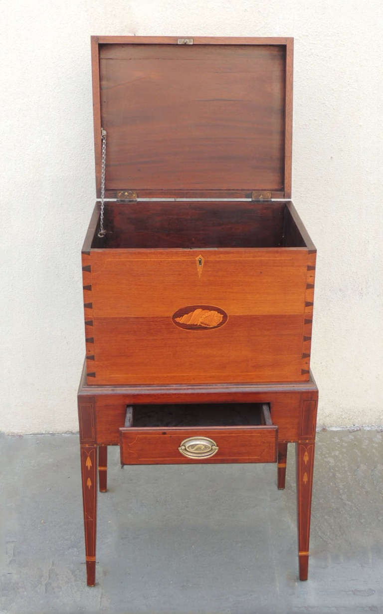 Mid 19th century american cellarette at 1stdibs for Mid century american furniture