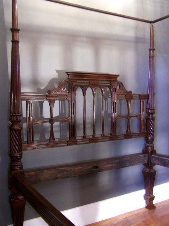 18th Century East Indies Mahogany Raj Bed With Paws For