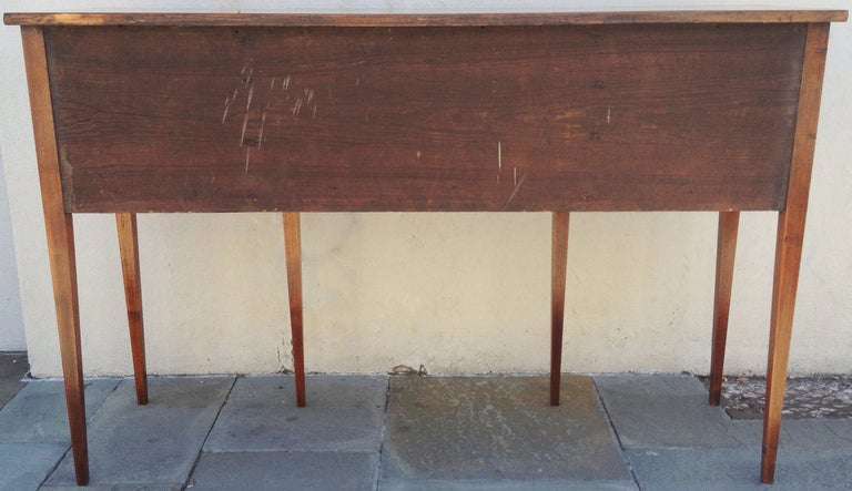 Late 18th century American Sideboard For Sale 4