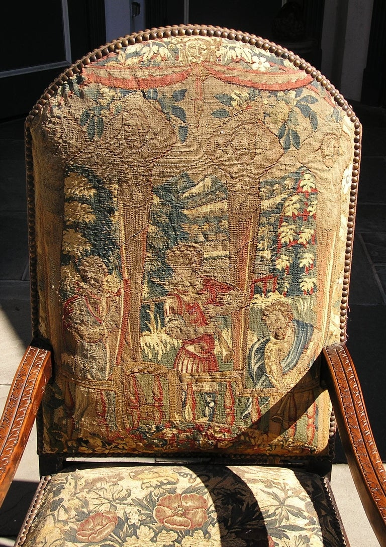 Neoclassical Pair of Italian Walnut Needlepoint Arm Chairs, 18th century For Sale