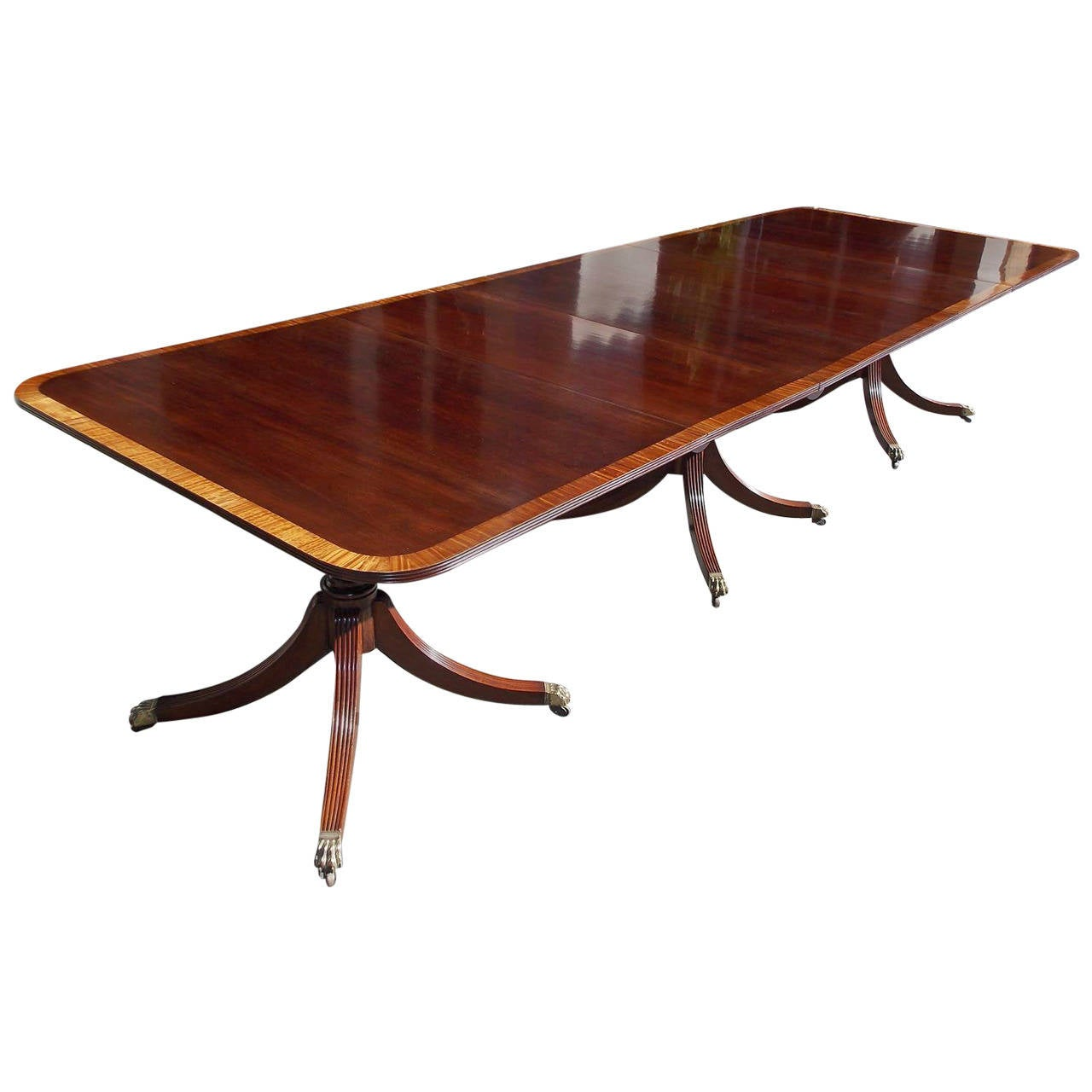 English Mahogany Satinwood Inlaid Triple Pedestal Dining Room Table, Circa 1820