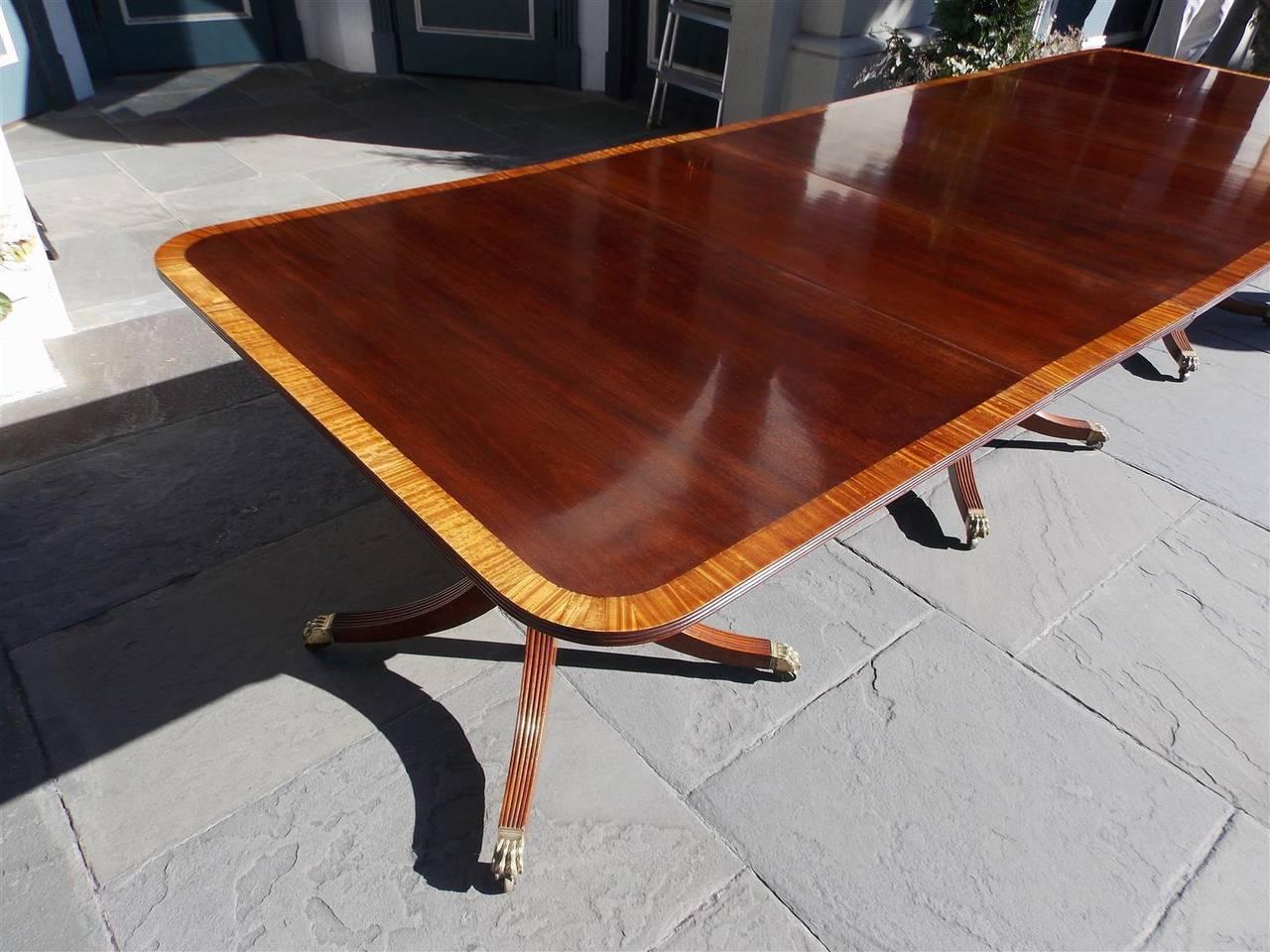 George III English Mahogany Satinwood Inlaid Triple Pedestal Dining Room  Table, Circa 1820 For Sale