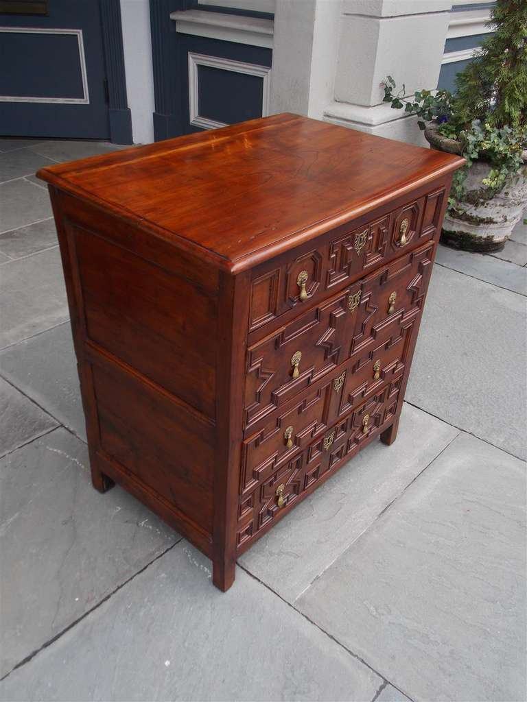 18th Century and Earlier English Diminutive Red Cedar Chest of Drawers, Circa 1700 For Sale