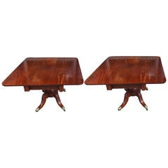 Pair of American Mahogany Pedestal Card Tables. Philadelphia, Circa 1820