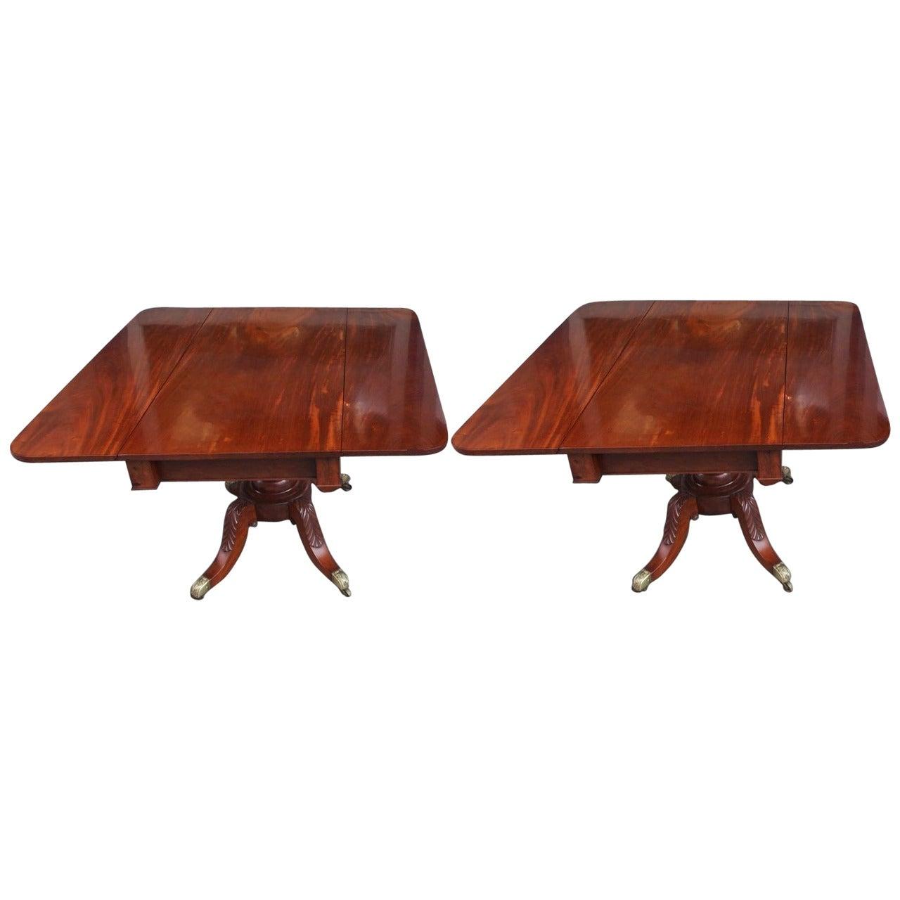 Pair of American Mahogany Pedestal Card Tables. Philadelphia, Circa 1820