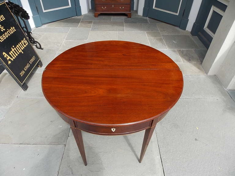 English Mahogany Demi-lune Game Table. Circa 1780-90 In Excellent Condition For Sale In Charleston, SC